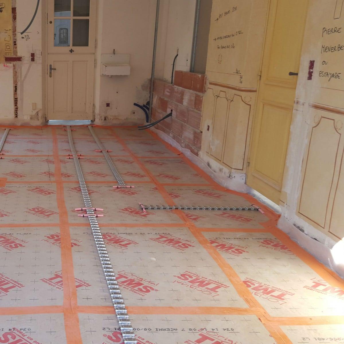 installation d 39 un plancher chauffant au sein d 39 une villa climatisation dans le var et en paca. Black Bedroom Furniture Sets. Home Design Ideas